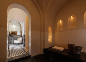 The hammam's steam can deliver pain-relieving and stress-reducing heat therapy.