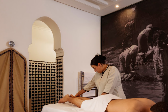 Hammam massage detoxifies the body.